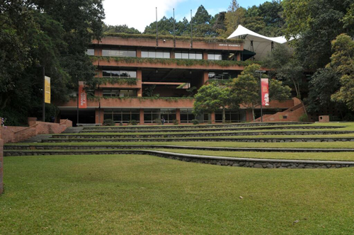 edificio-academico-uno